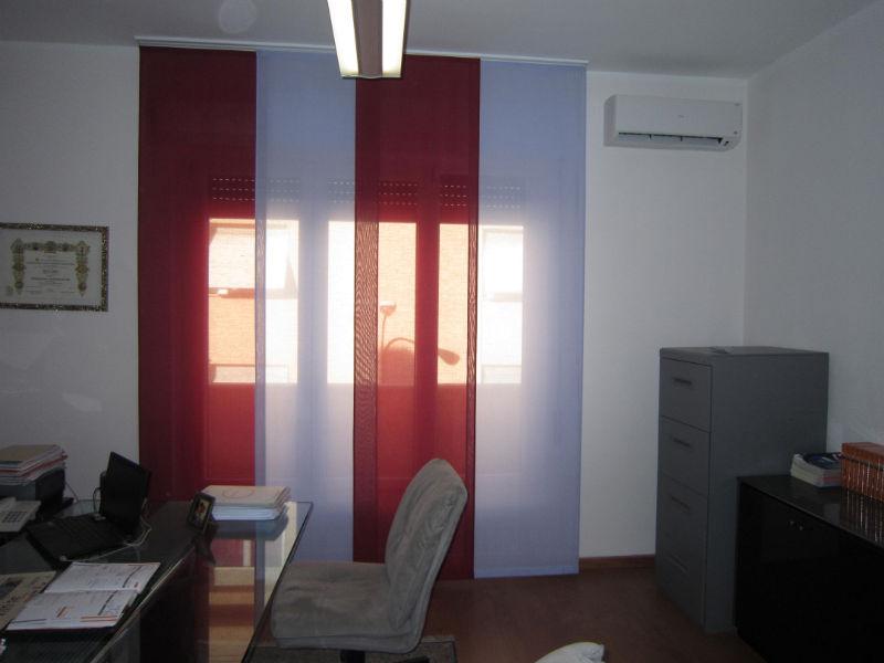 Tende soggiorno tortora idee per il design della casa - Tende colorate ikea ...